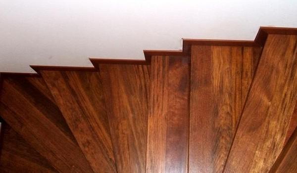 schody lakierowanie